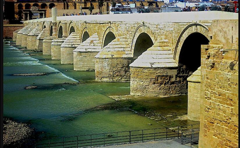 antike Brücke in Cordoba, Spanien